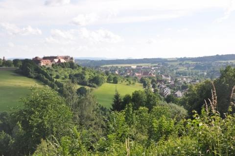 Ausblick auf das Schloss und die Stadt Ellwangen