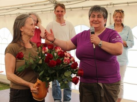 Sonja Blank vom Netzwerk gratuliert
