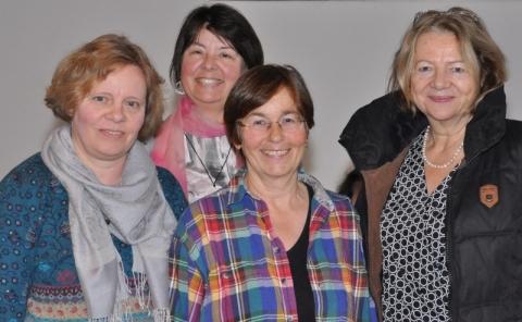 Das neue Team Zeitungsbeirat: Petra Owen, Ulrike Jakisch und Gerlinde Melcher mit Rosmarie Waniek (2.v.l.)